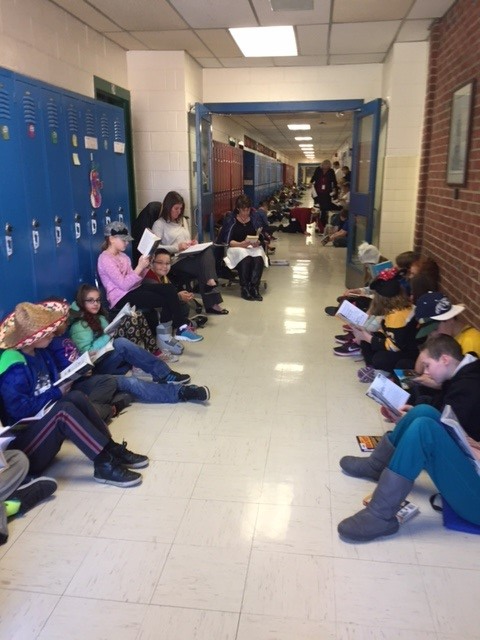 Read Across America-15 mins of Sustained Reading-Mrs. Cohen's class