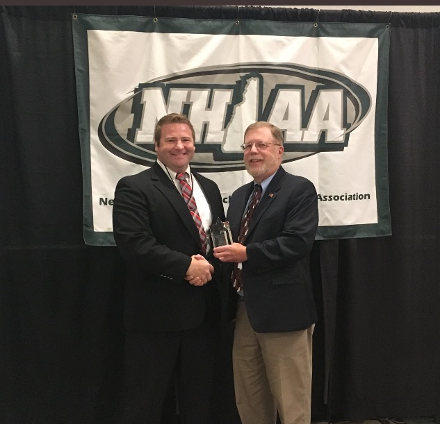 Coach Mills receives the Clyde W. Meyerhoefer Award for 2017