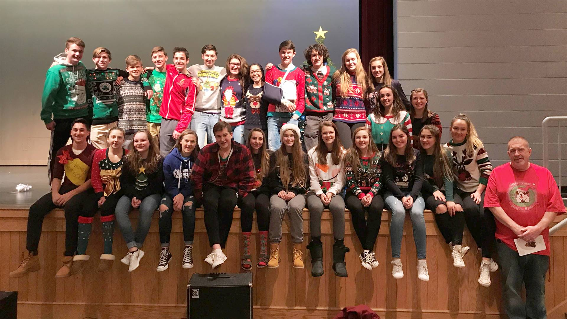Student Council Tree Lighting