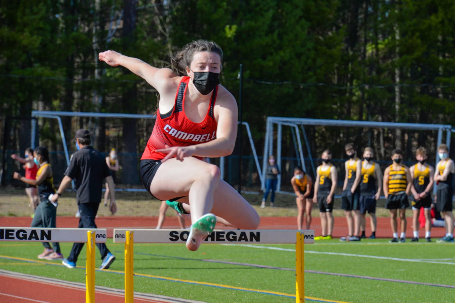 Tori hurdles